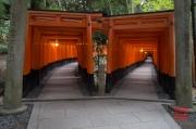 Japan 2012 - Kyoto - Fushimi Inari Taisha - Double arches
