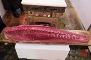 Japan 2012 - Tsukiji - Fish Market - Tuna Halfs III