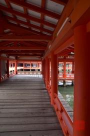 Japan 2012 - Miyajima - Itsukushima Shrine - Walkhall