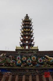 Taiwan 2012 - Taipei - Dalongdong Baoan Tempel - Dach - Pagode Detail