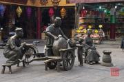 Xian 2013 - Moslem Quarter - Scene Sculpture