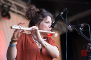 Folk Im Park 2015 - Cristobal And The Sea - Leïla Séguin II